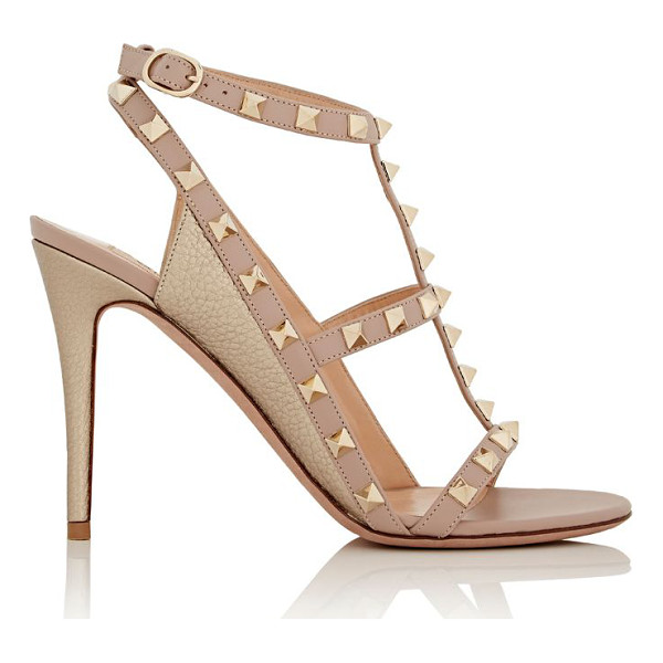 VALENTINO Rockstud t-strap sandals-light pink - Crafted of rose gold metallic grained leather and powder...