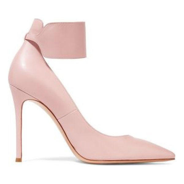 GIANVITO ROSSI leather pumps - Gianvito Rossi blush pumps. Heel measures approximately...