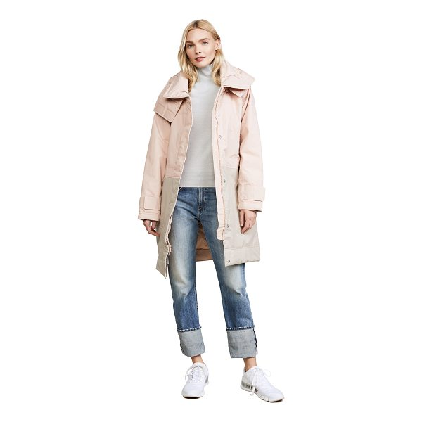 ADIDAS BY STELLA MCCARTNEY essentials long jacket - A quilted adidas by Stella McCartney jacket detailed with...