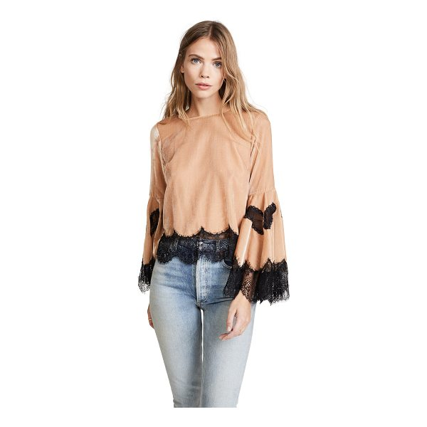 ALICE + OLIVIA levine bell sleeve blouse - A charming alice + olivia crop top with contrast lace trim...
