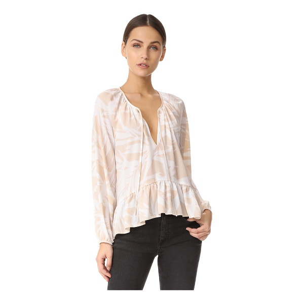 AMANDA UPRICHARD sage top - A simple bird-of-paradise pattern details this effortless...