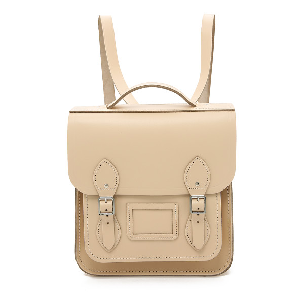 CAMBRIDGE SATCHEL Small portrait backpack - A structured Cambridge Satchel backpack in smooth leather.