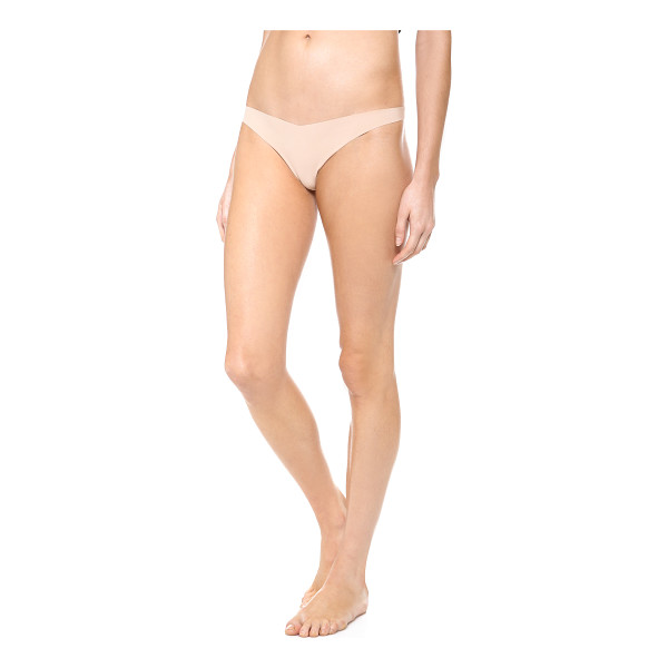 COMMANDO classic tiny thong - Invisible under everything, this jersey thong features...
