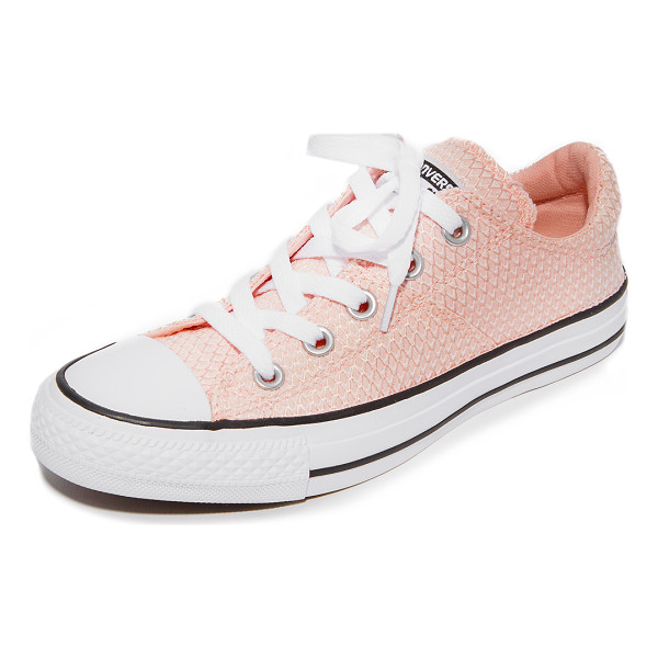 CONVERSE chuck taylor all star madison - Converse sneakers composed of scale-patterned jacquard in a...