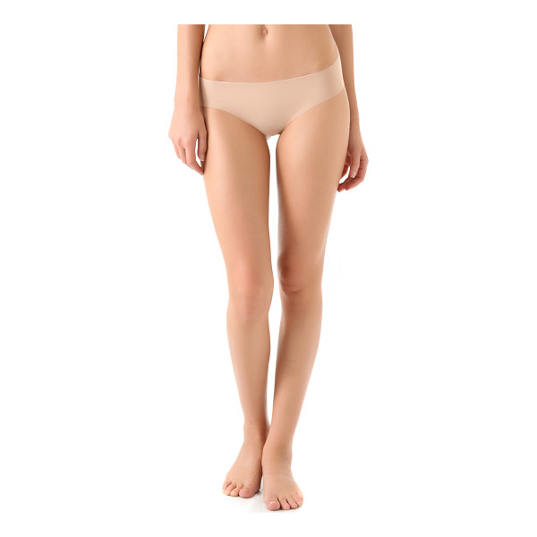COSABELLA Aire low rise thong - A smooth Cosabella thong with seamless edges. 71%...