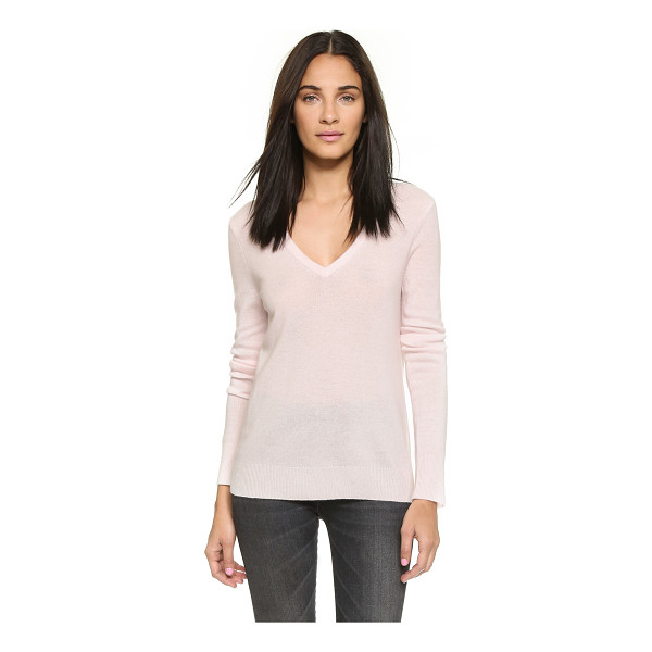 EQUIPMENT Cecile v neck sweater - A timeless V neck Equipment sweater crafted in soft...