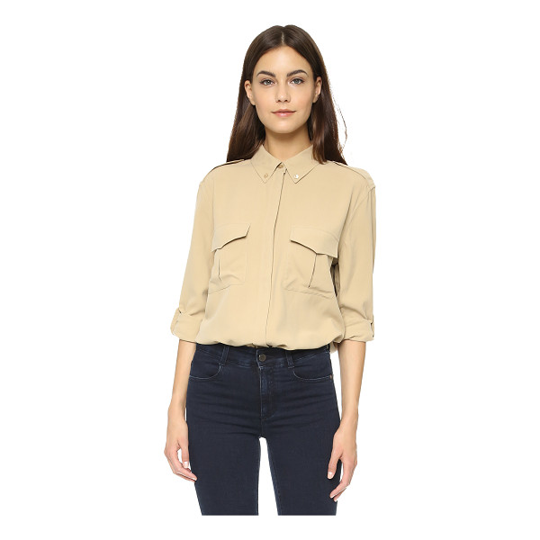 EQUIPMENT Major button down - Epaulets and front flap pockets give this Equipment button...