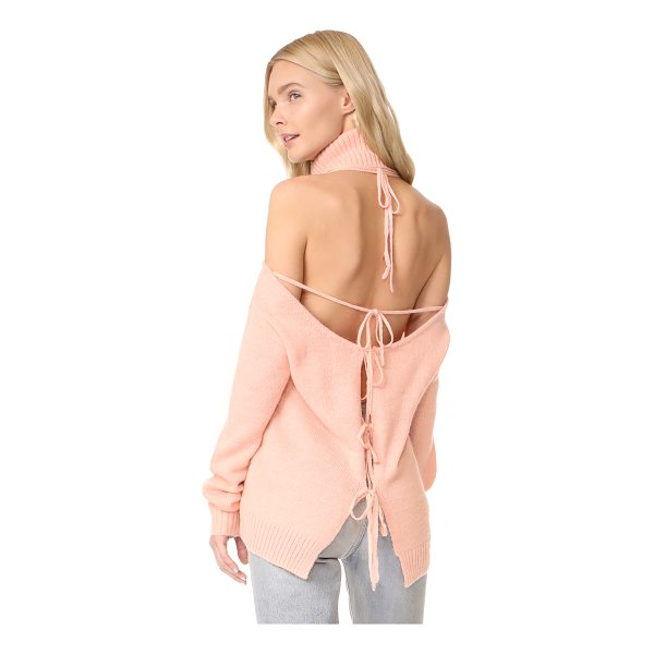 GLAMOROUS cold shoulder turtleneck sweater - This Glamorous turtleneck sweater takes a daring turn, with...