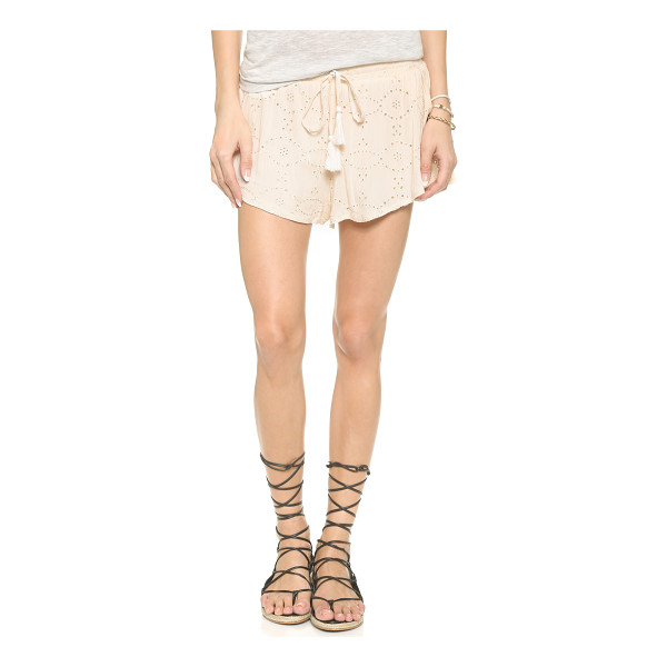 GLAMOROUS Eyelet shorts - Eyelet embroidery lends a sweet touch to these casual...