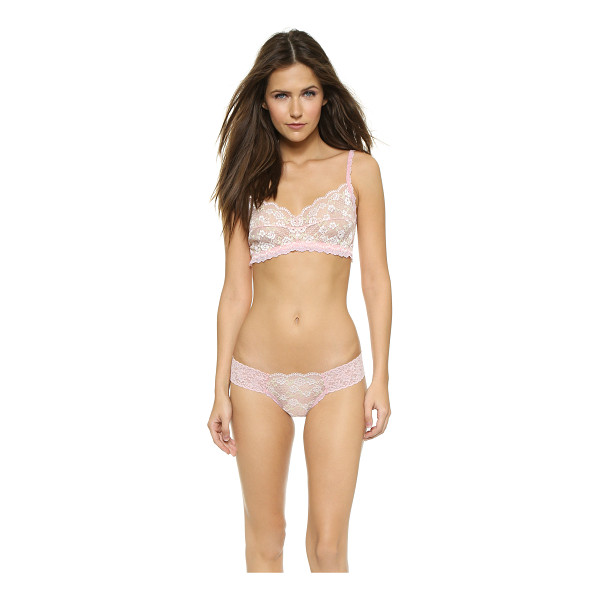 HANKY PANKY Roses & chiffon bralette - Floral lace with contrast threads bring a romantic feel to...
