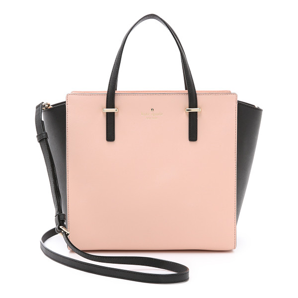 KATE SPADE NEW YORK Cedar street hayden bag - A large Kate Spade New York bag with contrast sides. A top
