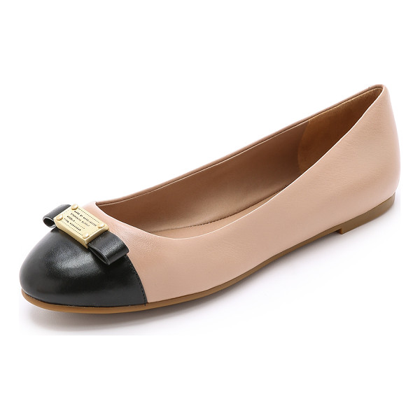 MARC BY MARC JACOBS Logo plaque ballerina flats - Leather Marc by Marc Jacobs flats make a sleek statement...