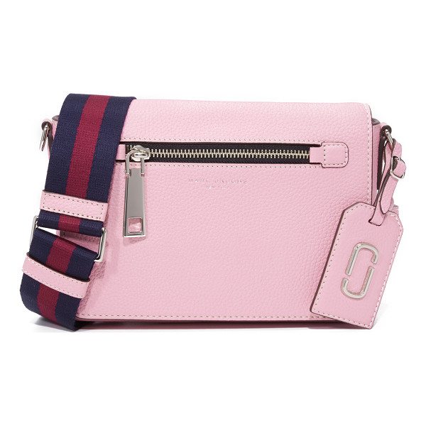 MARC JACOBS Gotham small shoulder bag - A pebbled leather Marc Jacobs bag with a zip front pocket