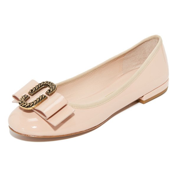 MARC JACOBS interlock round toe ballerina flats - An oval metal accent and bow detail the vamp on these...