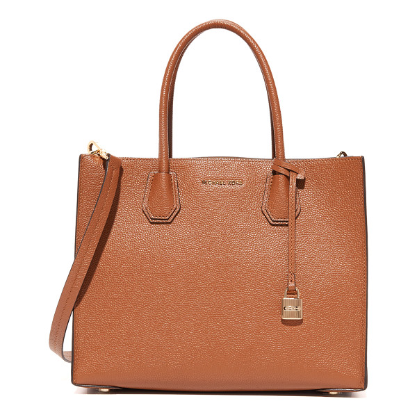MICHAEL MICHAEL KORS mercer tote - A structured MICHAEL Michael Kors tote in pebbled leather.
