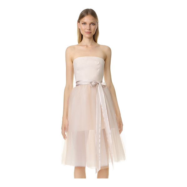 MONIQUE LHUILLIER BRIDESMAIDS ballerina cocktail dress - A graceful, feminine Monique Lhuillier dress in crisp silk...