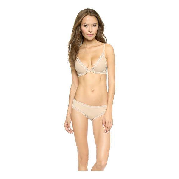 NATORI feathers plunge contour bra - A romantic underwire Natori bra with molded cups and sheer...