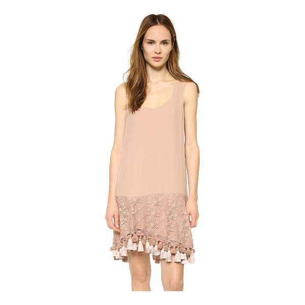 NO. 21 Sleeveless dress - A graceful, bohemian No. 21 tank dress with tassels and pom...