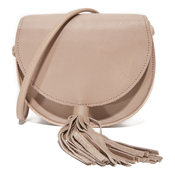 OLIVEVE mallory saddle bag - A simple Oliveve saddle bag in smooth leather. Slim back