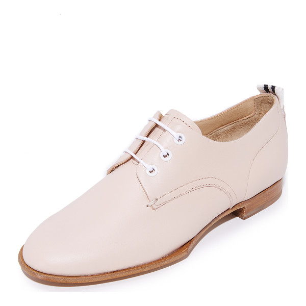 RAG & BONE audrey oxfords - These slim Rag & Bone oxford shoes are crafted from smooth...