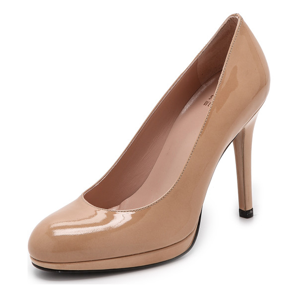 STUART WEITZMAN swoon patent pumps - Ladylike Stuart Weitzman pumps, cut from polished aniline