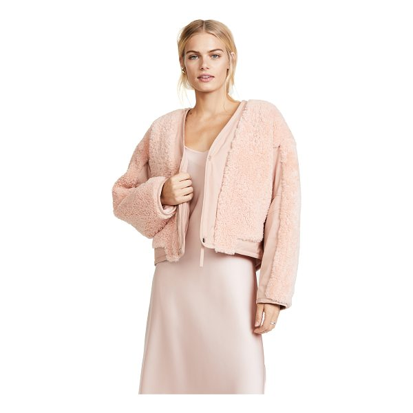 T BY ALEXANDER WANG shearling crop jacket - Plush shearling in a pretty pink hue adds a bold texture to...