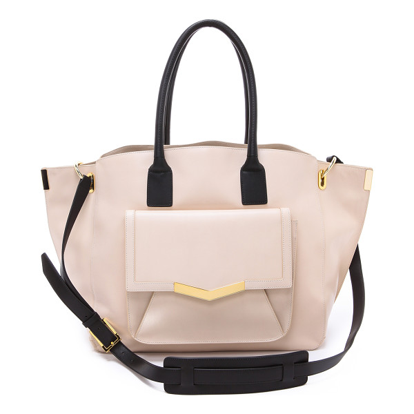 TIME'S ARROW Jo tote - Smooth leather brings sophisticated appeal to an organized