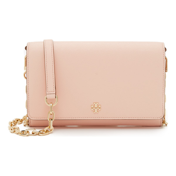 TORY BURCH Robinson chain wallet - A large, saffiano leather Tory Burch wallet with a polished