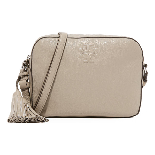 TORY BURCH Thea shoulder camera bag - A boxy Tory Burch bag with decorative tassels at the side....