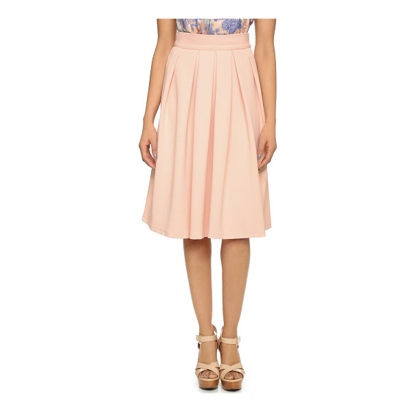 WAYF Pleated midi skirt - A ladylike WAYF pleated midi skirt cut from diamond weave...