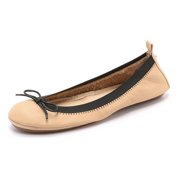 YOSI SAMRA Sandrine ballet flats - A bow adds feminine flair to these packable Yosi Samra