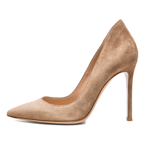 GIANVITO ROSSI Suede Gianvito Pumps - Suede upper with leather sole. Made in Italy. Approx 100mm/
