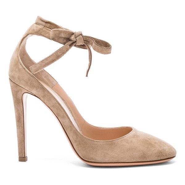 GIANVITO ROSSI Suede Carla Pumps - Suede upper with leather sole. Made in Italy. Approx 100mm/...
