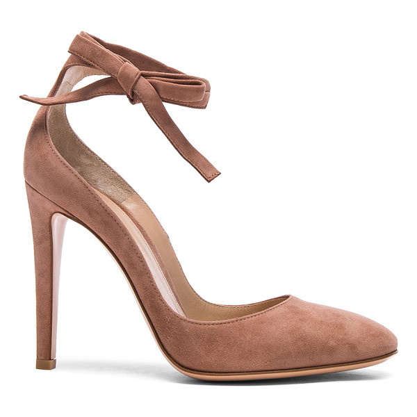 GIANVITO ROSSI Suede Carla Pumps - Suede upper with leather sole. Made in Italy. Approx 105mm/