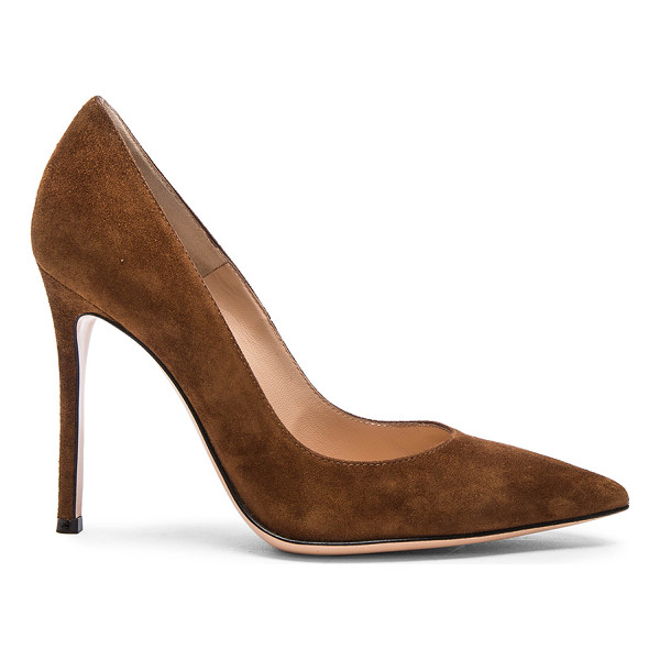 GIANVITO ROSSI Suede Pumps - Suede upper with leather sole. Made in Italy. Approx 100mm/...