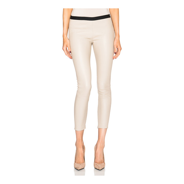 THEPERFEXT Brittany leather pants with hidden zipper - Self: 100% leather - Trim: 100% elastan.  Made in USA. ...
