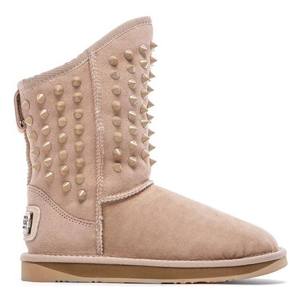 AUSTRALIA LUXE COLLECTIVE Pistol with sheep shearling - Sheepskin suede upper with rubber sole. Dyed let out...