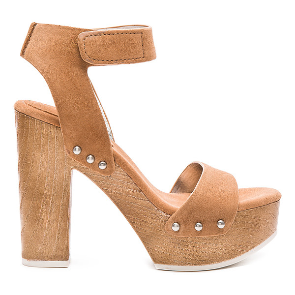 BCBGENERATION Kyra heel - Suede upper with rubber sole. Ankle strap with velcro...