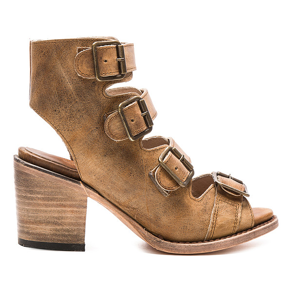 FREEBIRD BY STEVEN Quail - Leather upper and sole. Front buckle closures. Due to the...