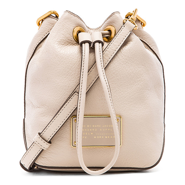 MARC BY MARC JACOBS New too hot to handle drawstring bag - Leather exterior with cotton fabric lining. Detachable...