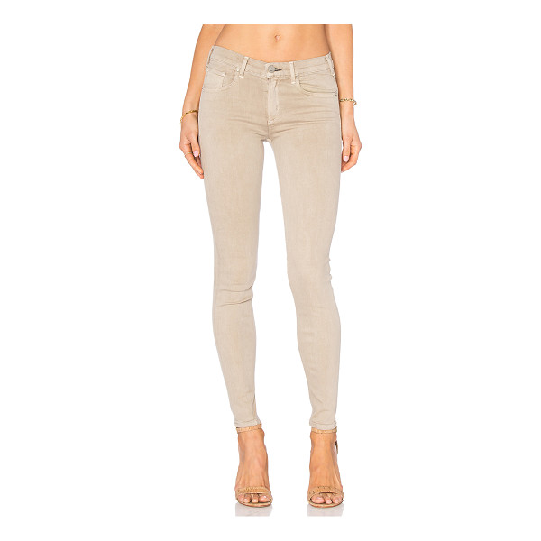 """MCGUIRE Newton Skinny - 89% cotton 8% PES 3% elastane. Front and back pockets. 11""""""""..."""