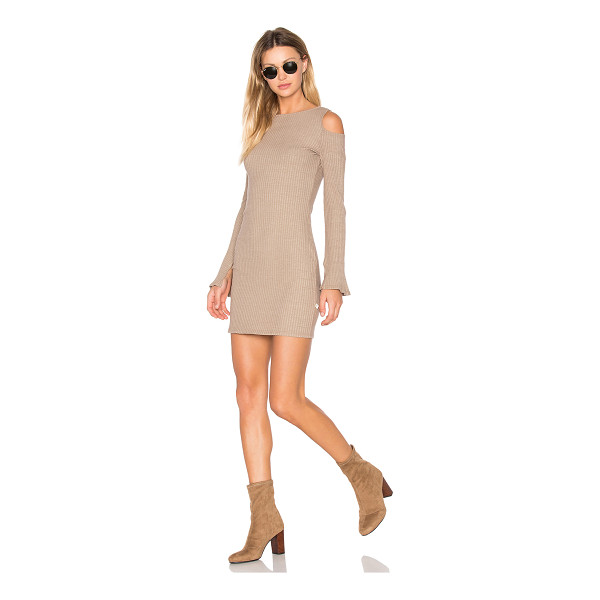 NYTT Exposed Shoulder Dress - 50% cotton 46% poly 4% spandex. Hand wash cold. Unlined....