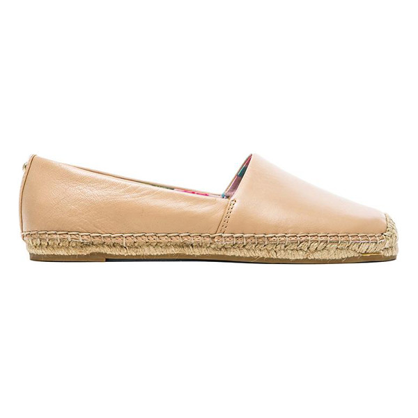 SAM EDELMAN Lynn flat - Leather upper with jute and rubber sole. Slip-on styling....
