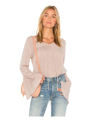 BELLA DAHL Bell Sleeve V Neck Top