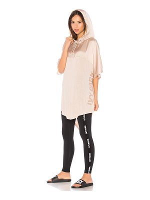 IVY PARK Satin Hooded Tee