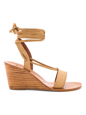 K. JACQUES Santiago Wedge