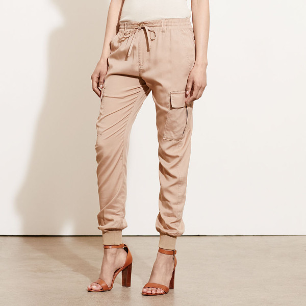 RALPH LAUREN lauren cargo jogger pant - Merging the utility-chic style of a cargo pant with the...