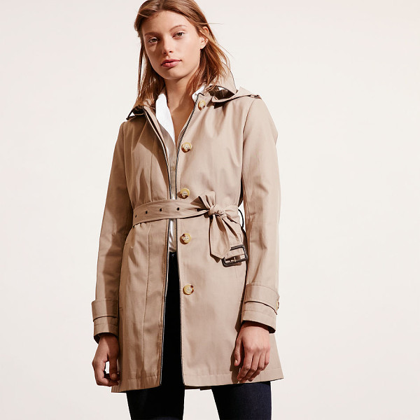 RALPH LAUREN lauren cotton-blend trench coat - With a water-resistant finish, this modern take on the...