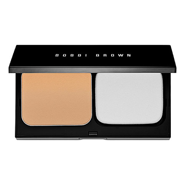 BOBBI BROWN skin weightless powder foundation 4 natural - A long-lasting, lightweight powder foundation with a soft,...