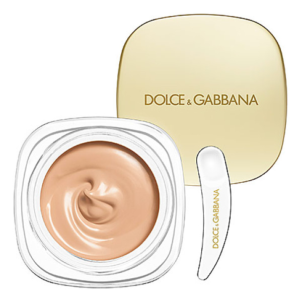 DOLCE & GABBANA the foundation perfect finish creamy foundation natural glow 100 - A lighter-than-air cream foundation that refines the skin....